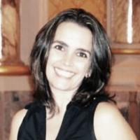 Crisiane Oliveira