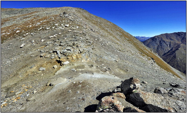 "General view of ""Fragrant"" kudur on the Yuha ridge, on the saddle, 2km south of ..."